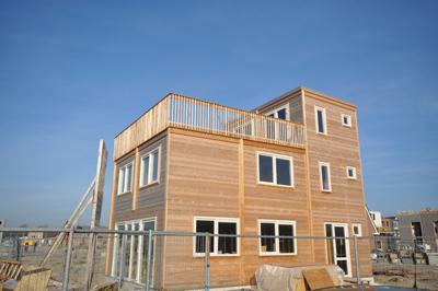 Nieuws eurologs houtbouw uw adres voor cederhouten huizen chalets houten woningen houten - Meer mooie houten huizen ...